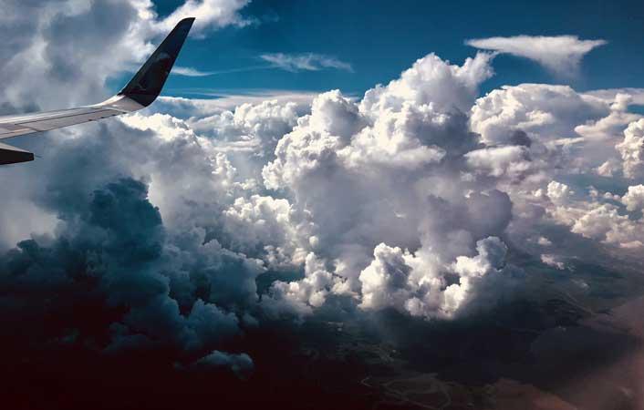 Cheap flights from Los Angeles to Delhi