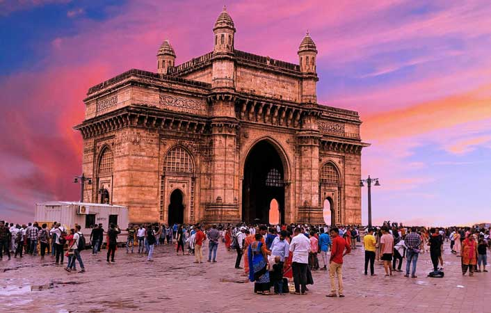 Cheap flights from Chicago to Mumbai